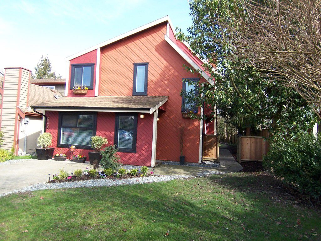 Main Photo: 6038 194A Street in Surrey: Cloverdale BC House for sale (Cloverdale)  : MLS®# F1212632