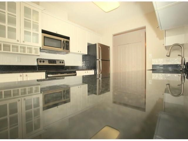 "Main Photo: 501 15466 N BLUFF Road: White Rock Condo for sale in ""The Summit"" (South Surrey White Rock)  : MLS®# F1311524"
