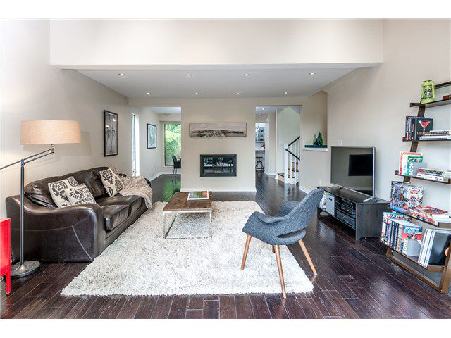 Main Photo: 5685 WHITE PINE LN in North Vancouver: Grouse Woods House for sale : MLS®# V1136478