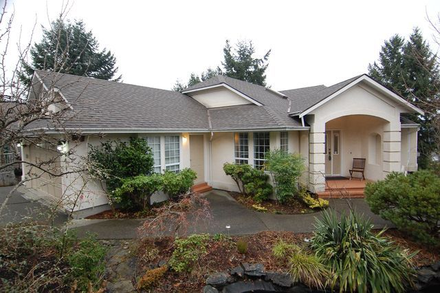 Photo 1: Photos: 6045 CHIPPEWA ROAD in DUNCAN: House for sale : MLS®# 330447