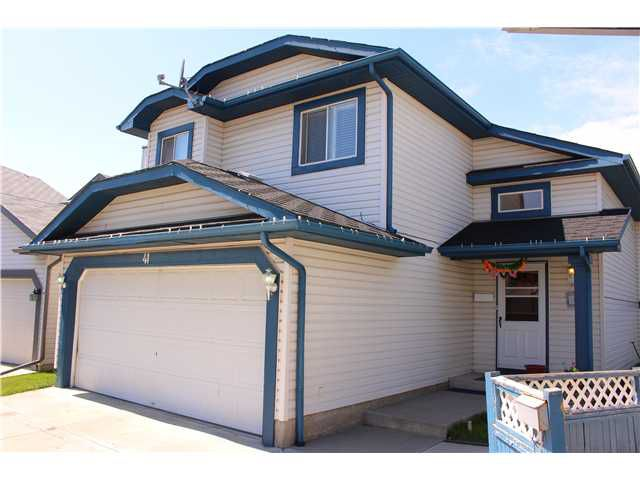 Main Photo: 41 APPLEMONT Place SE in CALGARY: Applewood Residential Detached Single Family for sale (Calgary)  : MLS®# C3576913