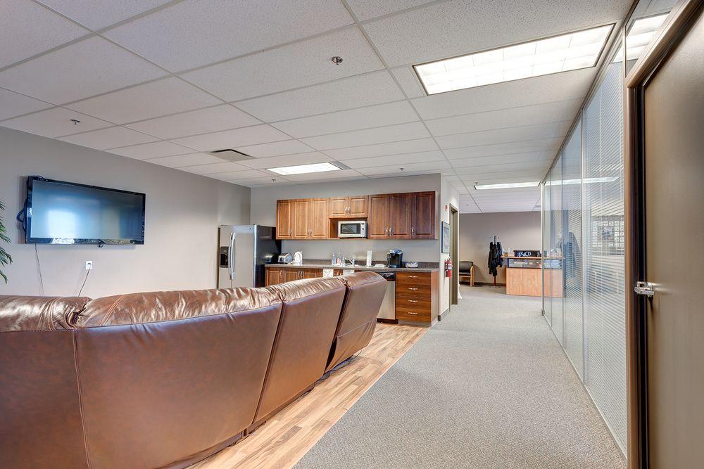 Main Photo: 308 11420 27 Street in Calgary: Douglasglen Office for sale : MLS®# C1025470