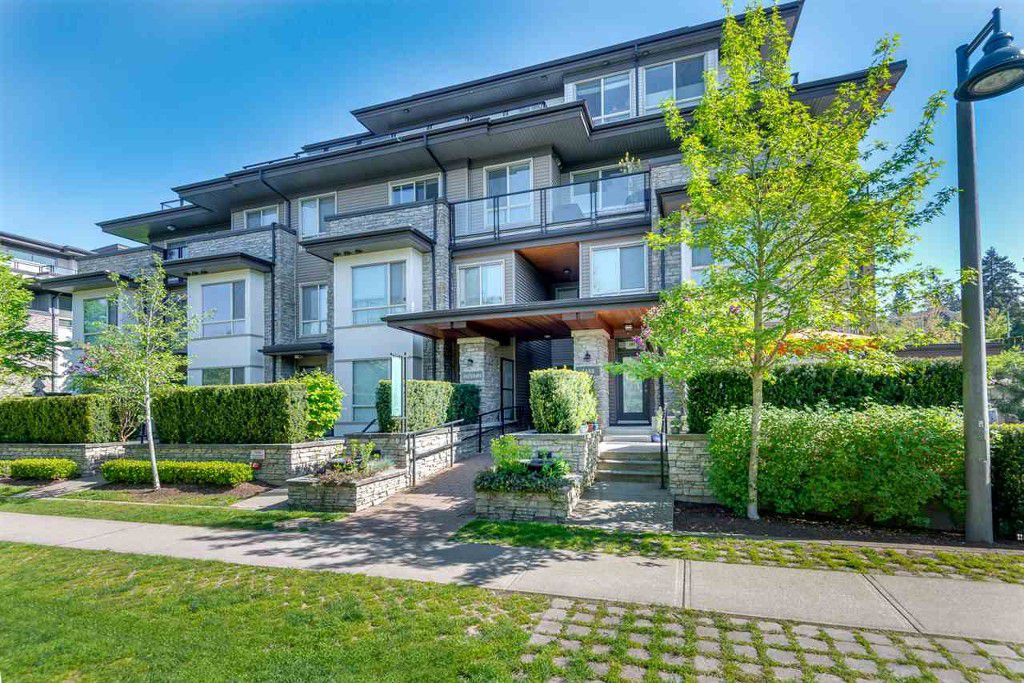 Main Photo: 407 7488 Byrnepark Walk in Burnaby: South Slope Condo for sale (Burnaby South)  : MLS®# R2061347