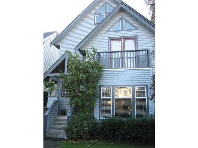 Main Photo: 3466 W 3RD AVENUE in : Kitsilano House 1/2 Duplex for sale : MLS®# V855326