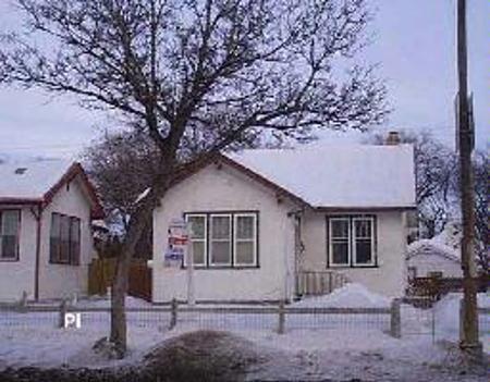 Main Photo: 833 ARLINGTON: Residential for sale (Canada)  : MLS®# 2702928
