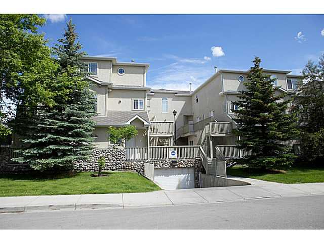 Main Photo: 102 628 56 Avenue SW in CALGARY: Windsor Park Stacked Townhouse for sale (Calgary)  : MLS®# C3528409