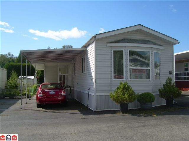 """Main Photo: 52 8266 KING GEORGE Boulevard in Surrey: Bear Creek Green Timbers Manufactured Home for sale in """"THE PLAZA"""" : MLS®# F1222764"""