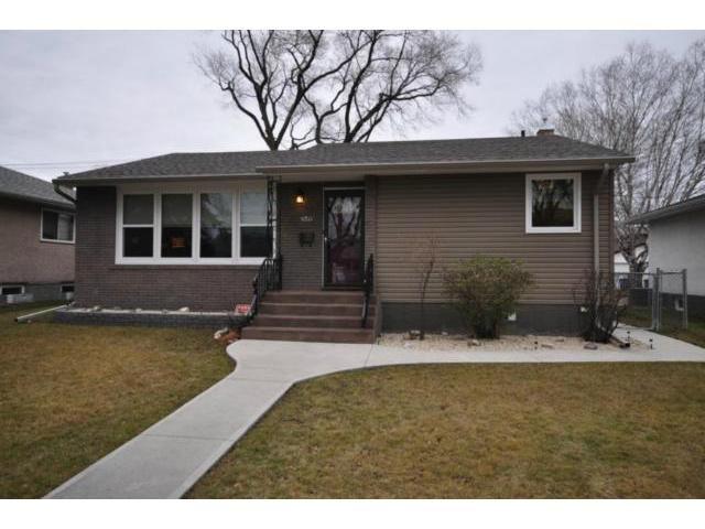 Main Photo: 650 Borebank Street in WINNIPEG: River Heights / Tuxedo / Linden Woods Residential for sale (South Winnipeg)  : MLS®# 1222796