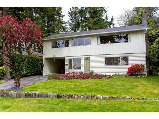 Main Photo: 510 CRESTWOOD Avenue in North Vancouver: Upper Delbrook House for sale : MLS®# V1003971