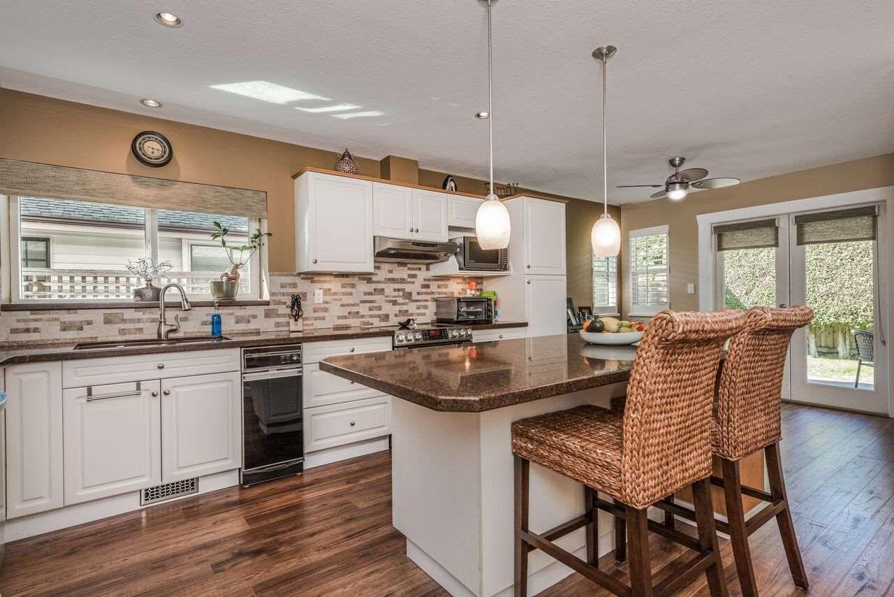 Main Photo: 6695 3 AVENUE in Delta: Boundary Beach House for sale (Tsawwassen)  : MLS®# R2260455