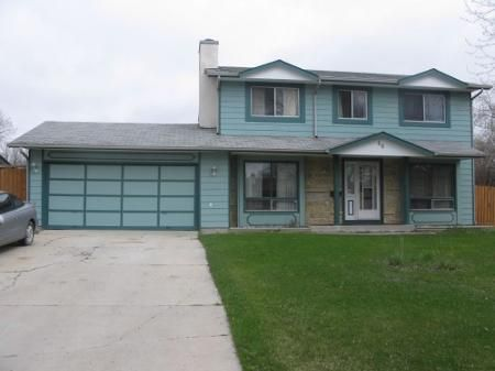 Main Photo: Lovely 4 Bedroom Two Storey Home