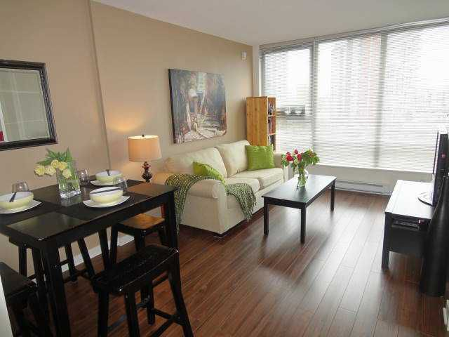 """Main Photo: 803 939 EXPO Boulevard in Vancouver: Yaletown Condo for sale in """"MAX II"""" (Vancouver West)  : MLS®# V948084"""