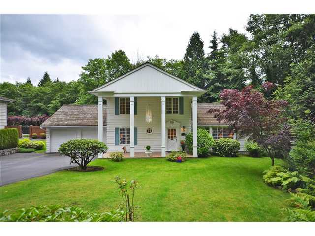 """Main Photo: 1115 CHARTWELL Crescent in West Vancouver: Chartwell House for sale in """"CHARTWELL"""" : MLS®# V1014479"""