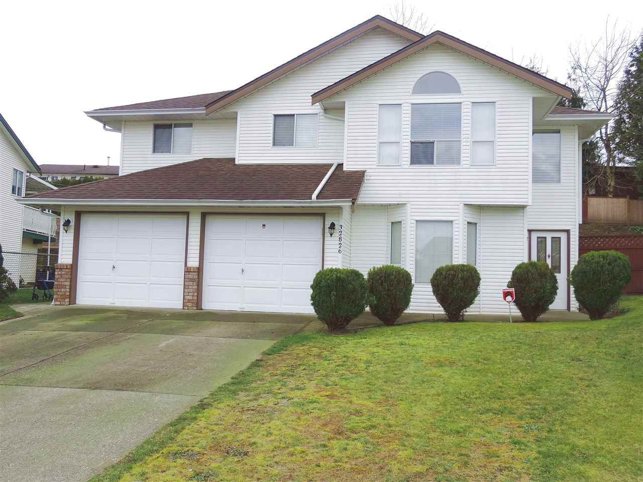 Main Photo: 32826 HARWOOD PLACE in Abbotsford: Central Abbotsford House for sale : MLS®# R2039577