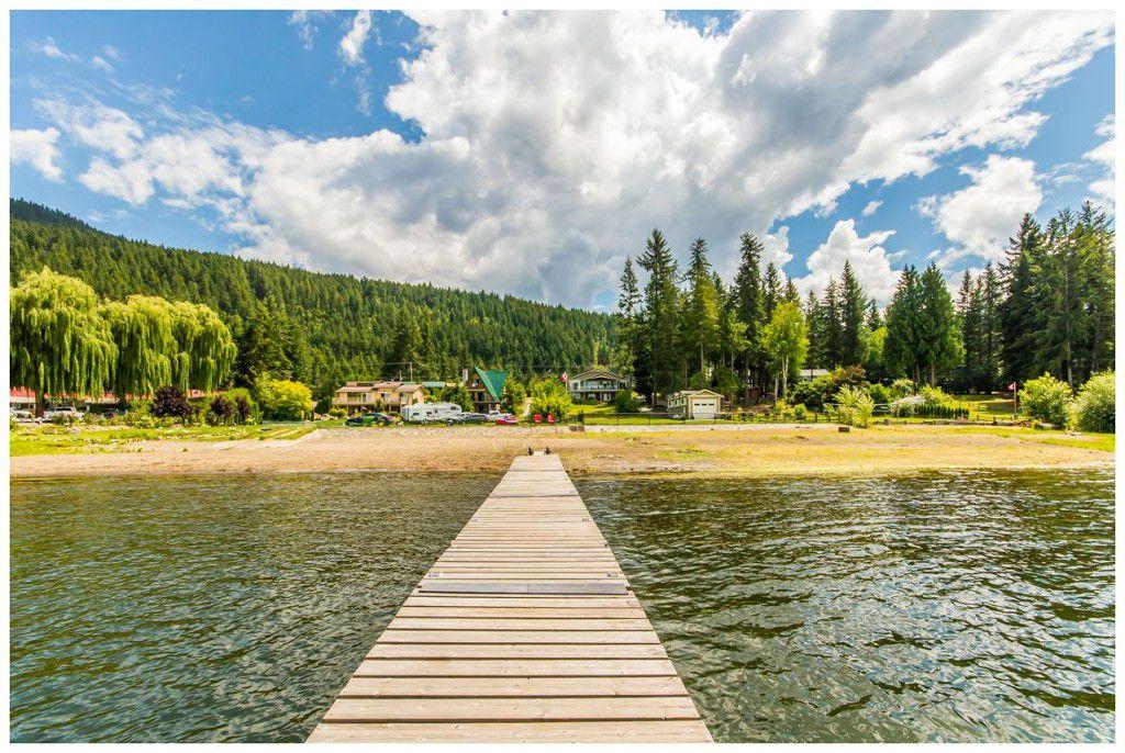 Main Photo: 1943 Eagle Bay Road: Blind Bay House for sale (Shuswap Lake)  : MLS®# 10121872