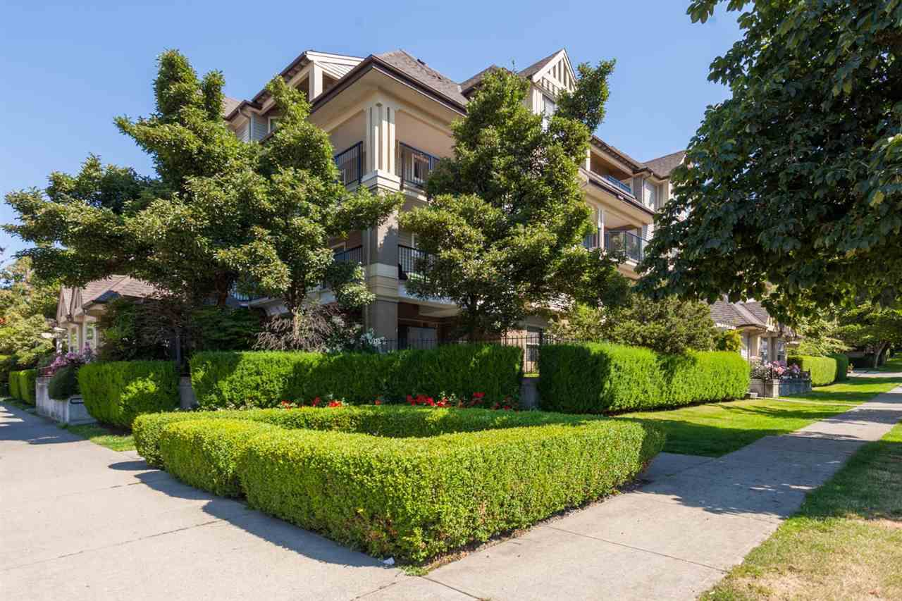Main Photo: 404 211 TWELFTH STREET in New Westminster: Uptown NW Condo for sale : MLS®# R2285859