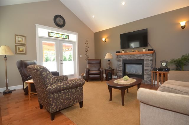 Photo 12: Photos: 882 TUTOR Way in MILL BAY: Z3 Mill Bay House for sale (Zone 3 - Duncan)  : MLS®# 379485