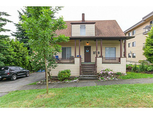 Main Photo: 406 ELEVENTH ST in New Westminster: Uptown NW House for sale : MLS®# V1125033