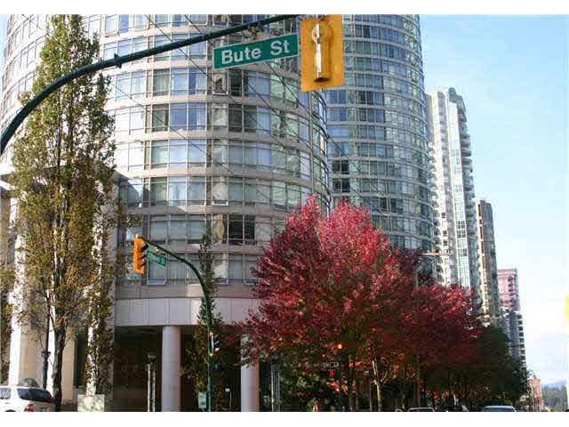 Main Photo: 1704 1200 ALBERNI STREET in : West End VW Condo for sale : MLS®# V841480
