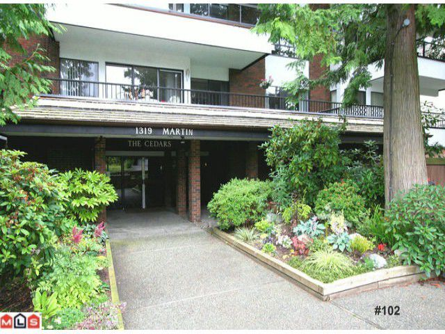 "Main Photo: # 102 1319 MARTIN ST: White Rock Condo for sale in ""The Cedars"" (South Surrey White Rock)  : MLS®# F1120837"
