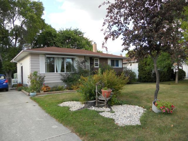 Main Photo: 41 Brisbane Avenue in WINNIPEG: Manitoba Other Residential for sale : MLS®# 1312696