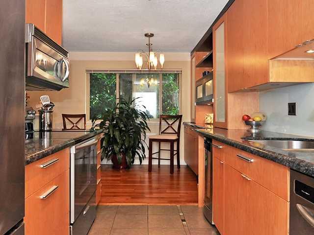 "Main Photo: 1229 235 KEITH Road in West Vancouver: Cedardale Condo for sale in ""Spuraway Gardens"" : MLS®# V962814"