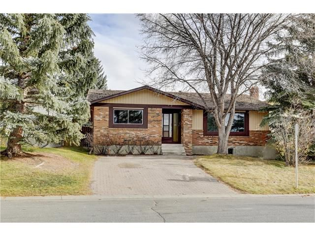 Main Photo: 6120 84 ST NW in Calgary: Silver Springs House for sale : MLS®# C4037833