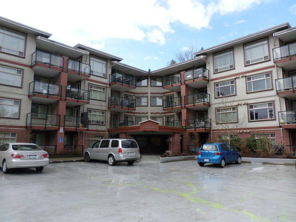 Main Photo: 422 2233 McKenzie Road in Abbotsford: Central Abbotsford Condo for sale : MLS®# R2145012
