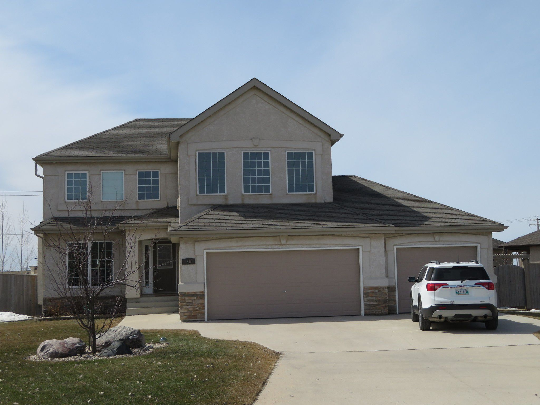 EXCEPTIONAL 2198 sf 3+ bedroom Two Storey Executive style home, fully finished basement with 4th bedroom, 34x22 AT3, located on massive fenced landscaped lot in desirable Aspen Lakes Development in the Town of Oakbank.