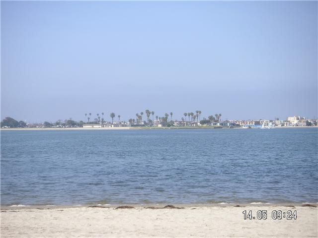 Main Photo: PACIFIC BEACH Home for sale or rent : 2 bedrooms : 3920 Riviera #G in San Diego