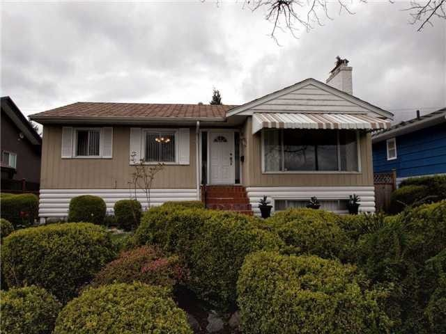 Main Photo: 4525 PARKER Street in Burnaby: Brentwood Park House for sale (Burnaby North)  : MLS®# V988069