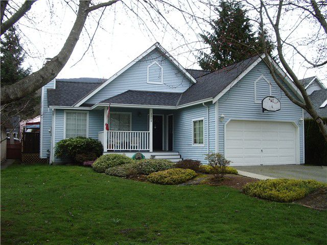"""Main Photo: 3858 BROCKTON Crescent in North Vancouver: Indian River House for sale in """"INDIAN RIVER"""" : MLS®# V999500"""