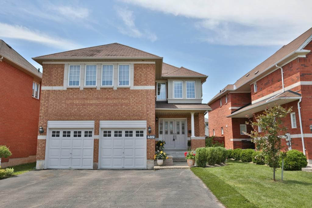 Main Photo: 489 Ravineview Way in : 1018 - WC Wedgewood Creek FRH for sale (Oakville)  : MLS®# OM2090608