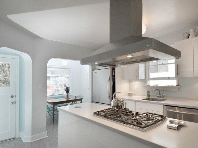 Fabulous modern, white kitchen!