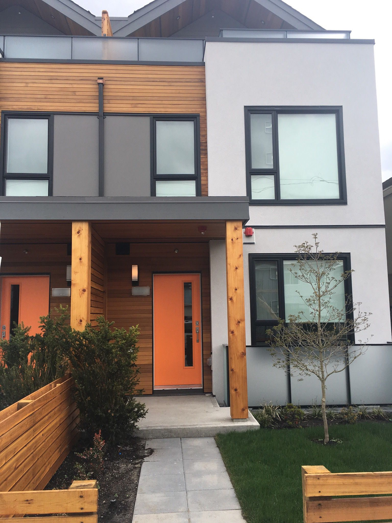 Main Photo: 4521 Earles Street in vancouver: Townhouse for sale (Vancouver East)  : MLS®# r2252345