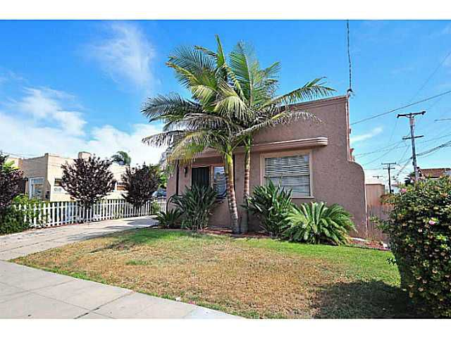 Main Photo: UNIVERSITY HEIGHTS House for sale : 2 bedrooms : 2227 Monroe Avenue in San Diego