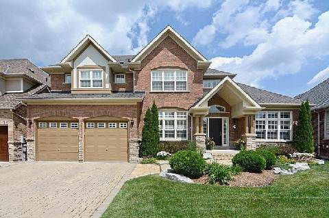 Main Photo: 24 Royal Troon Crest in Markham: Angus Glen House (2-Storey) for sale : MLS®# N2970150