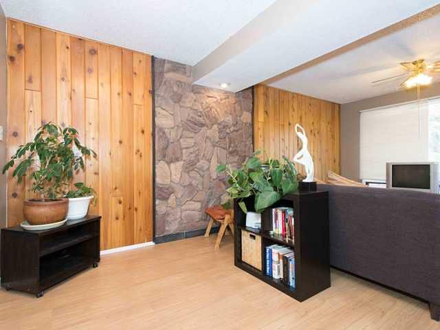 Main Photo: Townhouse for sale in southwest Calgary