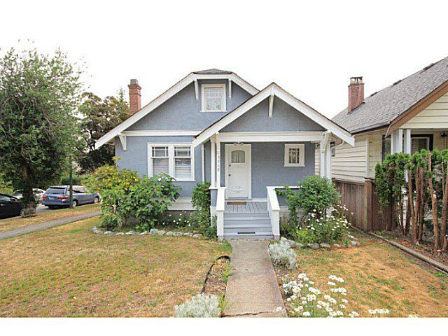 Main Photo: 3908 DUNBAR ST in Vancouver: Dunbar House for sale (Vancouver West)  : MLS®# V1133216
