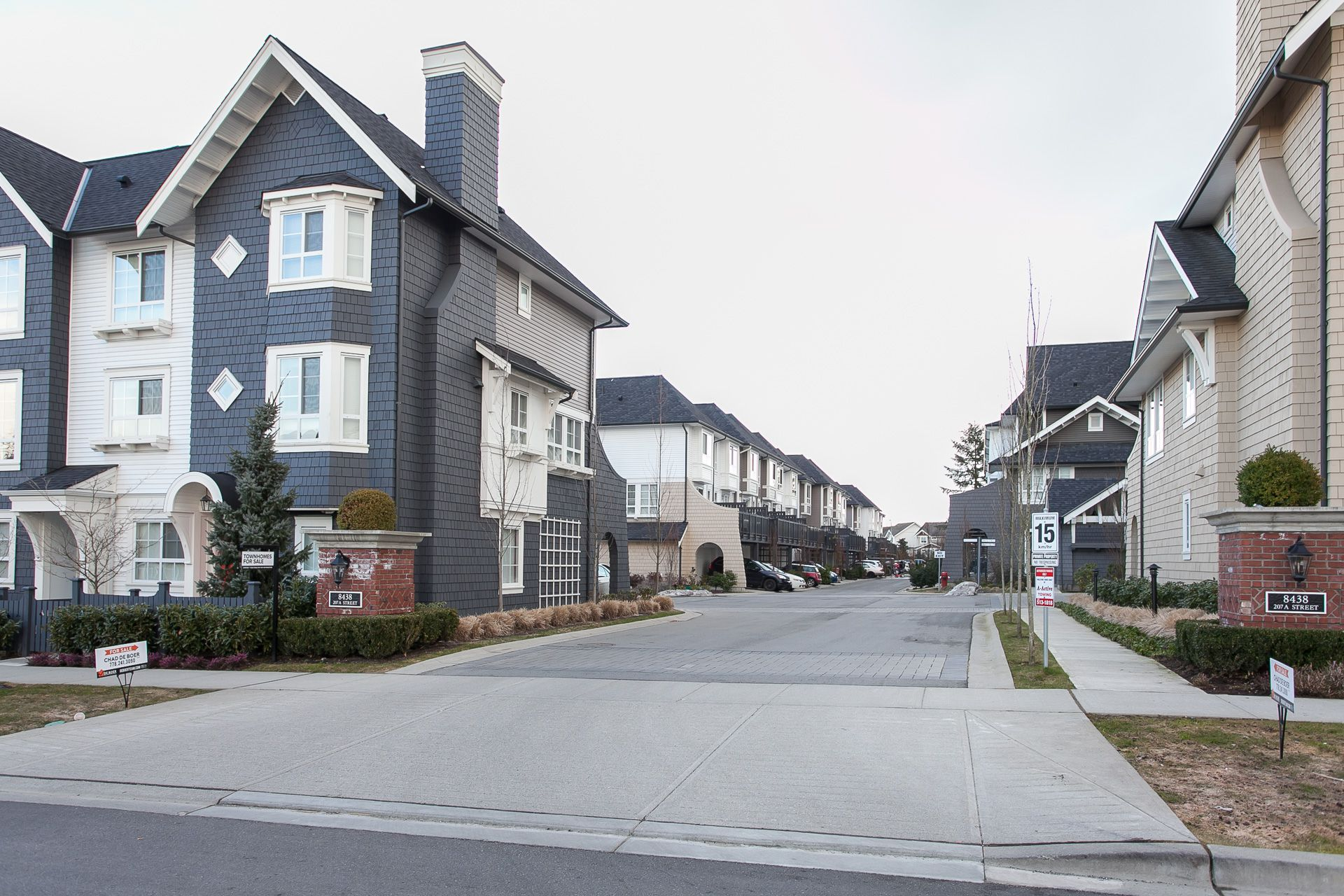 Main Photo: 74 8438 207a Street in Langley: Willoughby Heights Townhouse for sale : MLS®# r2141041