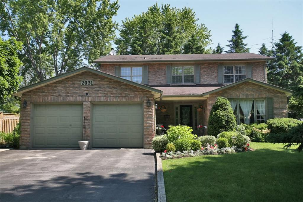 Main Photo: 2031 Shannon Dr in : 9999 - Out of Area FRH for sale (Oakville)  : MLS®# OM2006924