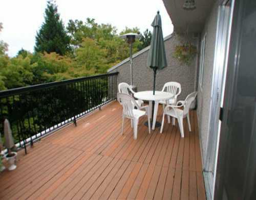 """Main Photo: 302 756 GREAT NORTHERN WY in Vancouver: Mount Pleasant VE Condo for sale in """"PACIFIC TERRACE"""" (Vancouver East)  : MLS®# V561292"""