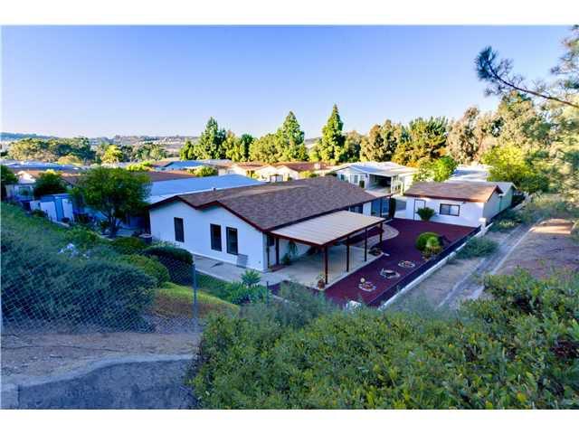 Main Photo: CARLSBAD WEST Manufactured Home for sale : 3 bedrooms : 5427 Kipling Lane in Carlsbad