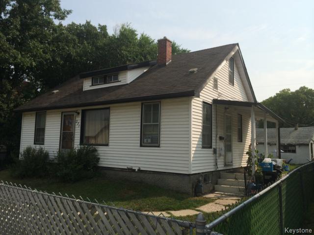 Main Photo:  in WINNIPEG: St James Residential for sale (West Winnipeg)  : MLS®# 1419369