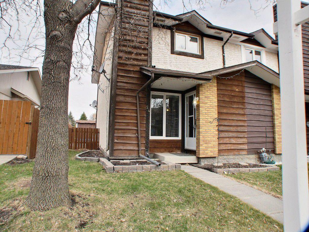 Main Photo: 24 Laurel leaf Lane in Winnipeg: Garden City Residential for sale (North West Winnipeg)  : MLS®# 1510404