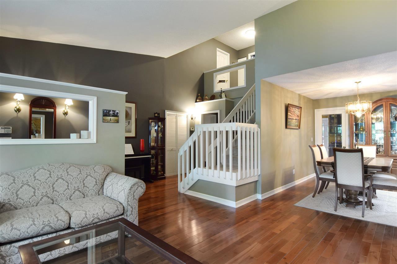 Main Photo: 11790 212 STREET in Maple Ridge: Southwest Maple Ridge House for sale : MLS®# R2003369