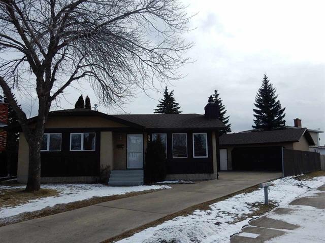 Main Photo: 9918 173 AV NW: Edmonton House for sale : MLS®# E4056038