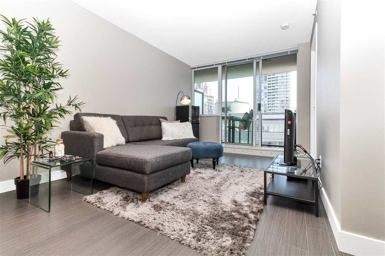 Main Photo: 1208 1325 ROLSTON STREET in Vancouver: Downtown VW Condo for sale (Vancouver West)  : MLS®# R2295863