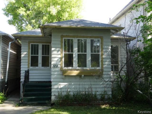 Main Photo: 129 Bannerman Avenue in WINNIPEG: North End Residential for sale (North West Winnipeg)  : MLS®# 1319616