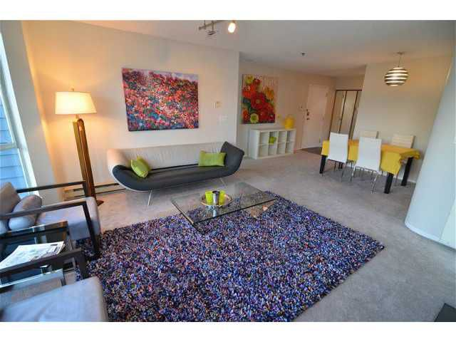 """Main Photo: # 305 3720 W 8TH AV in Vancouver: Point Grey Condo for sale in """"Highbury Place"""" (Vancouver West)  : MLS®# V1005739"""